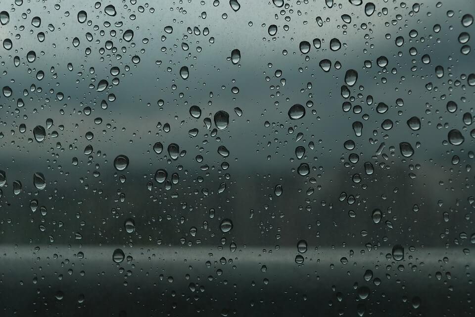syksyinen ikkuna